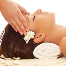 Toronto residents can now experience the exhilarating Indian head massage through Better Living Canada.