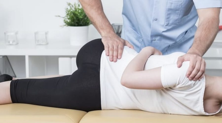 Osteopathy vs. Physiotherapy vs. Chiropractic: Which One Should You Choose? | Better Living